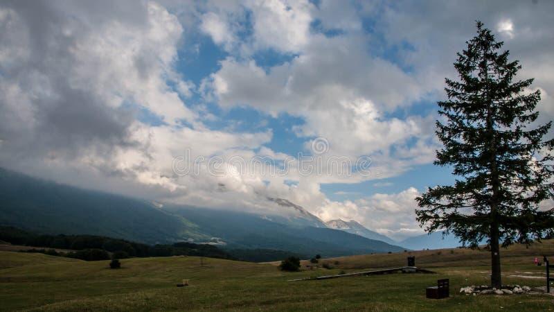 Abruzzo-Mountain View lizenzfreie stockfotos