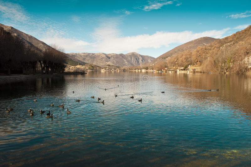 Abruzzo - Scanno stockfotos