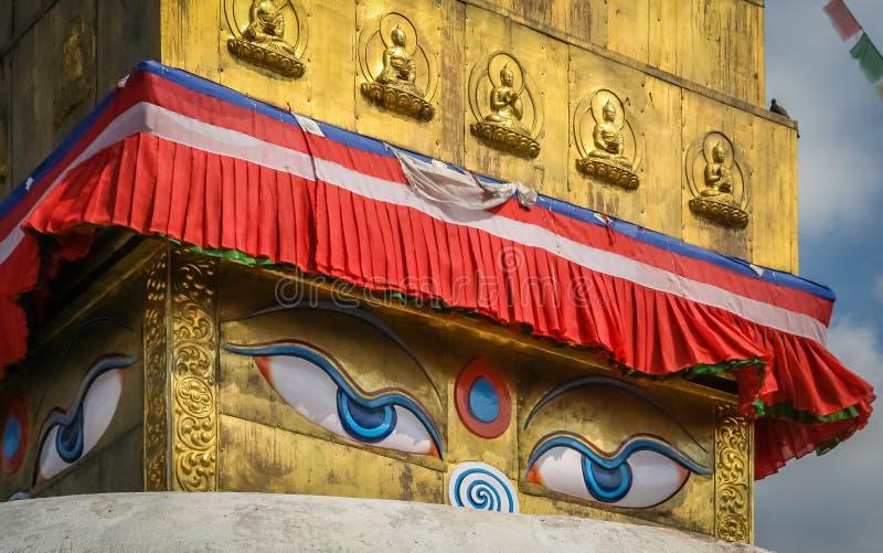 Abschluss Boudhanath Stupa oben stockfotos