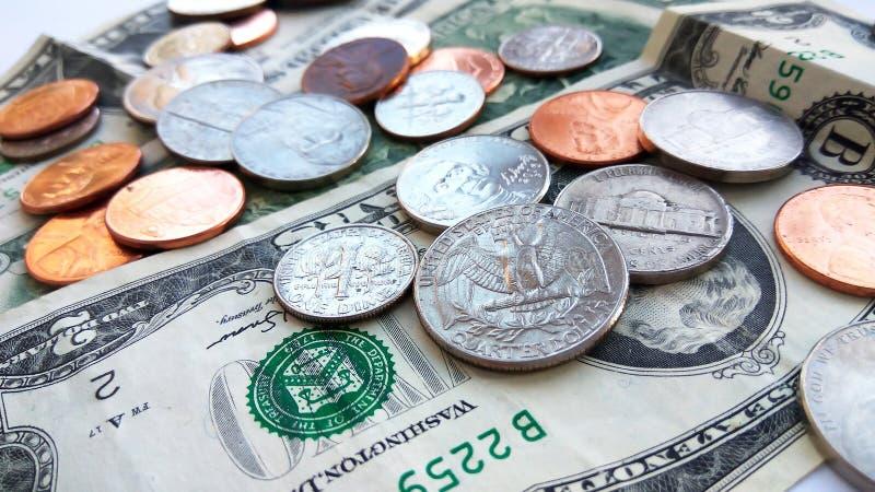 Abschluss herauf amerikanische Viertel-, Groschen- und Pennymünzen lizenzfreies stockfoto