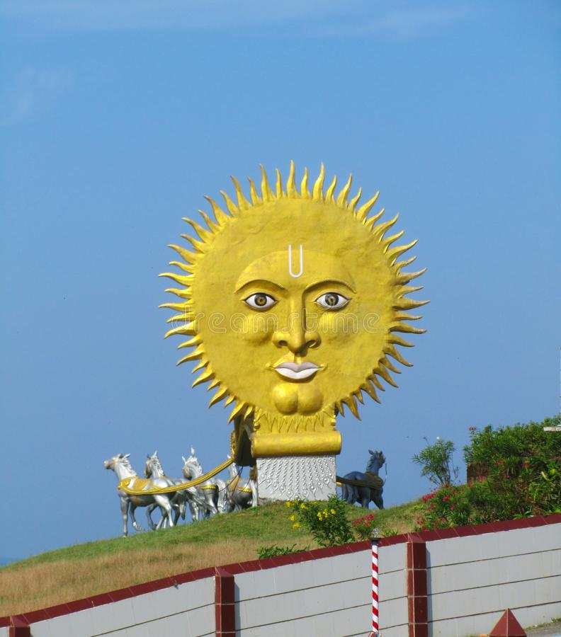 Abschluss herauf Sonnenstatue Indien, der Staat von Karnataka, die Stadt von Murdeshwar stockfotos