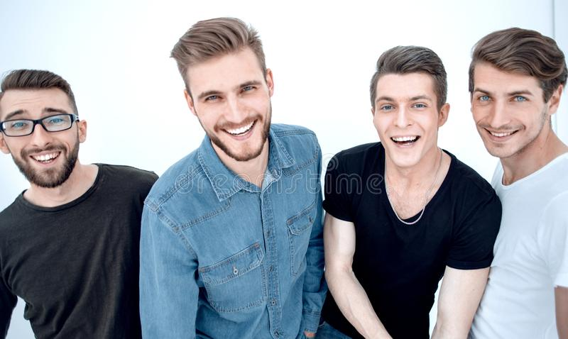 Abschluss oben eine Gruppe glückliche Kerle lizenzfreie stockfotos