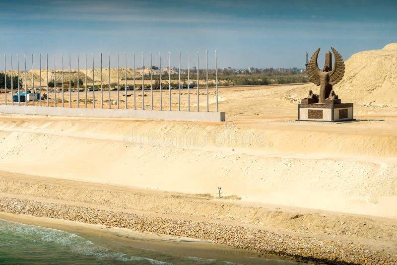 Abschnitt des Suezkanal-` s Expansionskanals, herein am 20. August geöffnet stockfotos
