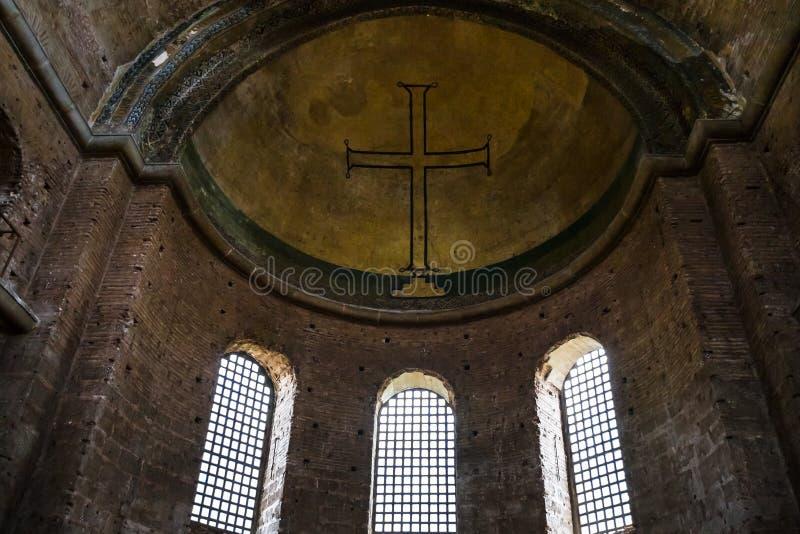 Absid med korset i den forntida Hagia Irene kyrkan arkivfoto