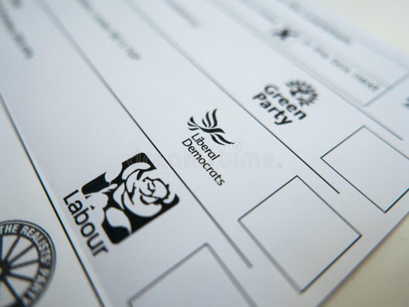 Abstimmungsform mit Liberaldemokrat-Logo stockfotografie