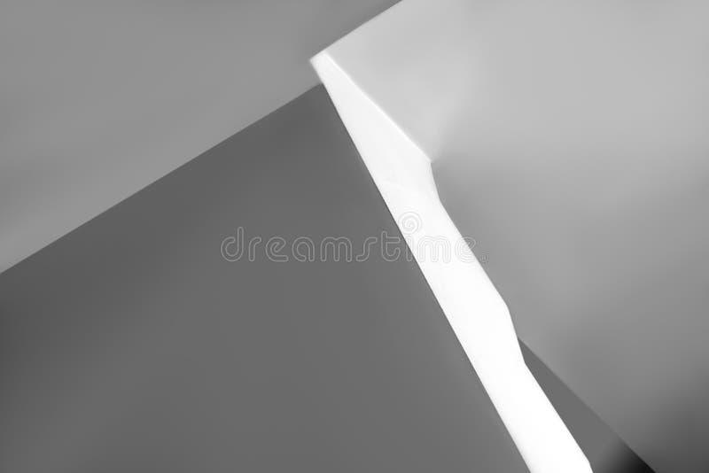 Abstracción de líneas grises y blancas descoloridas foto de archivo