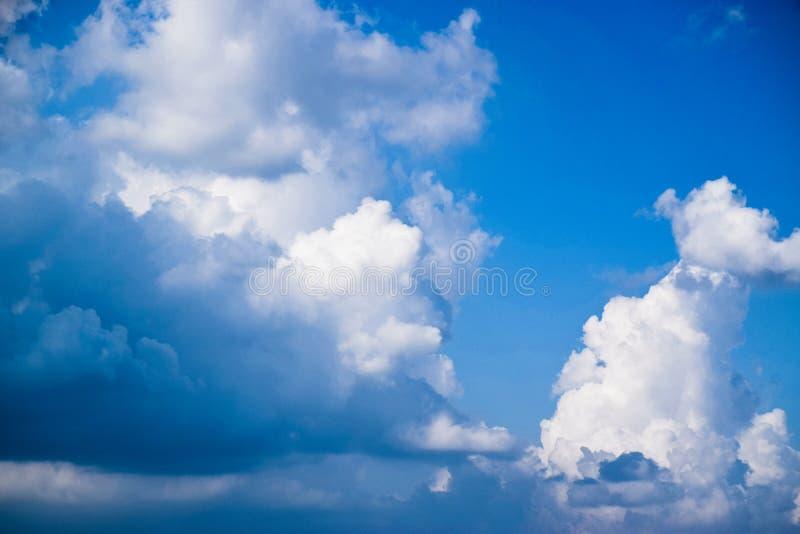 Abstrack tła chmury 0101 i niebieskie niebo 171026 zdjęcie royalty free
