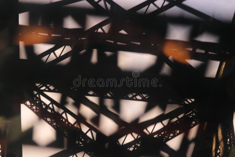 Abstract architecturaal detail van een staalbrug stock foto