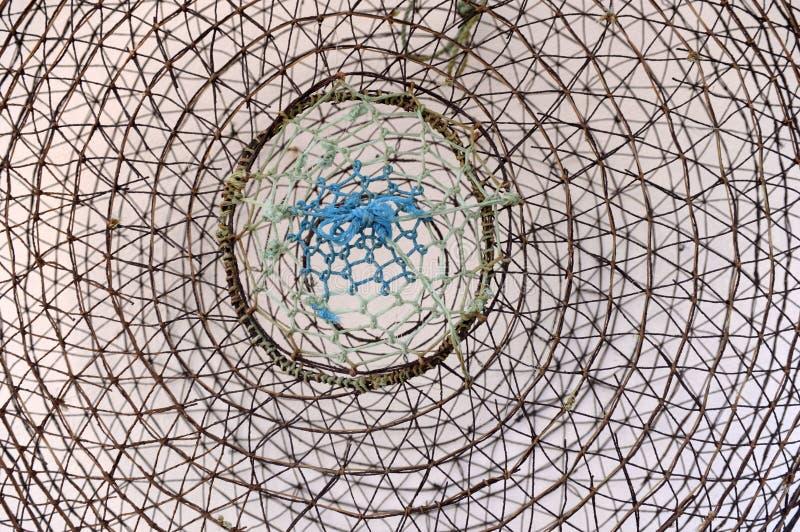 Download Abstract Concept - Gevaar - Netto - Draadstuk - Metaal Stock Afbeelding - Afbeelding bestaande uit ensnare, catching: 54076203