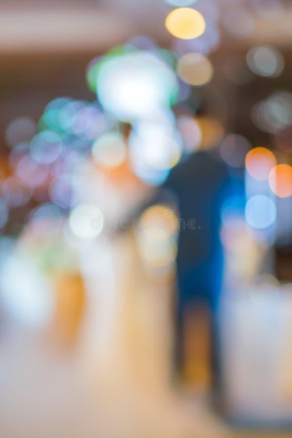 Abstract onduidelijk beeld van bruid en bruidegom in huwelijkspartij royalty-vrije stock afbeelding