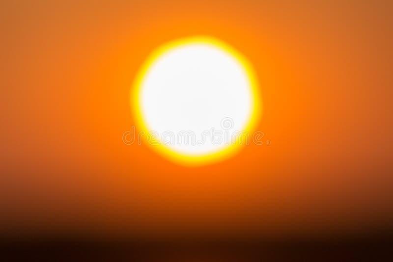 Abstract Onscherp schot van landschapsfoto van zonsondergang royalty-vrije stock fotografie