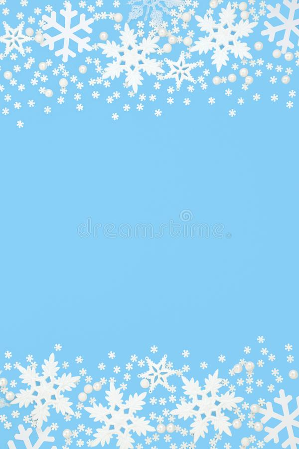 Free Abstract Snowflake Background Border Royalty Free Stock Photos - 127507118