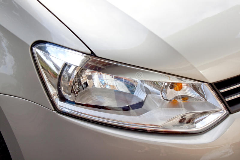 Abstract Zilveren Auto En Front Headlight Stock Afbeelding