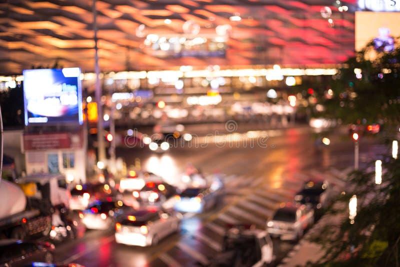 Abstracte achtergrond van verkeerslicht bij nacht, Kleurrijk van auto en weg met bokeh stock afbeeldingen