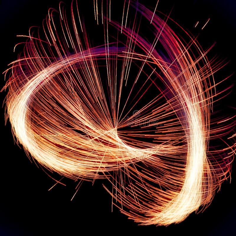 Abstracte Fractal het spinnen Verlichting met rode en oranje lijnen stock foto's