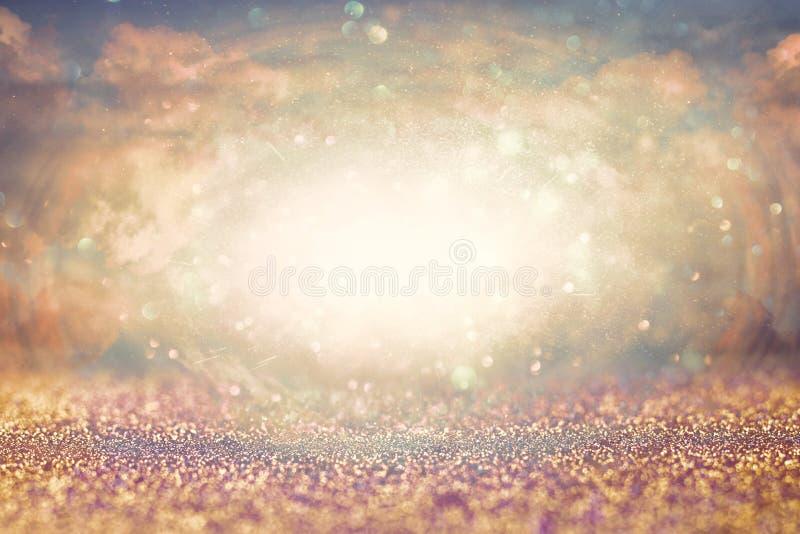 Abstracte hemelse achtergrond met glittern Revelatieconcept royalty-vrije stock afbeelding