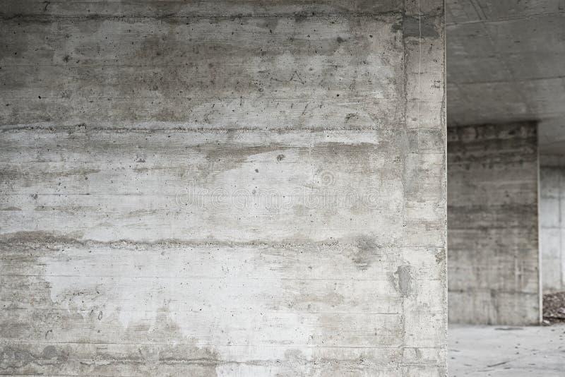 Abstracte lege achtergrond Foto van lege concrete muurtextuur Grijze gewassen cementoppervlakte Horizontaal beeld stock afbeelding