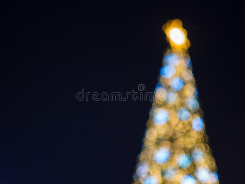 Abstracte mooie kleurrijke bokeh als achtergrond van de lichten van de Kerstmisdecoratie royalty-vrije stock fotografie