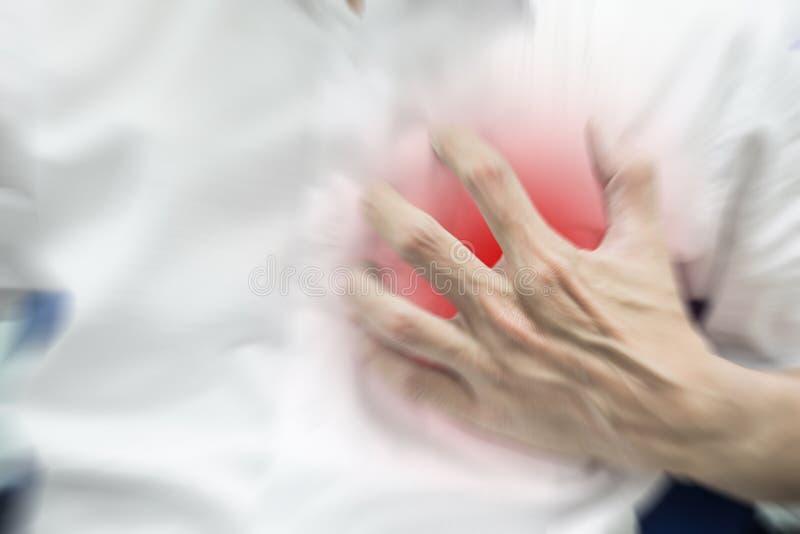 Abstracte onduidelijk beeldmens die hartaanval voelen stock afbeelding