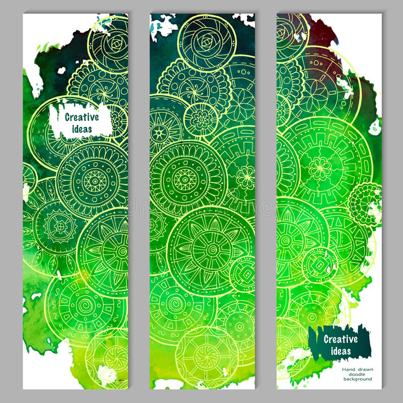 Abstracte vectorhand getrokken de kaartreeks van het krabbel bloemenpatroon Groene waterverftextuur met witte mandalas stock illustratie