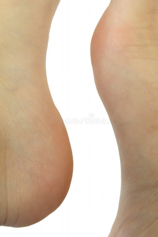 Abstracte vorm die door menselijke voeten wordt gevormd stock fotografie