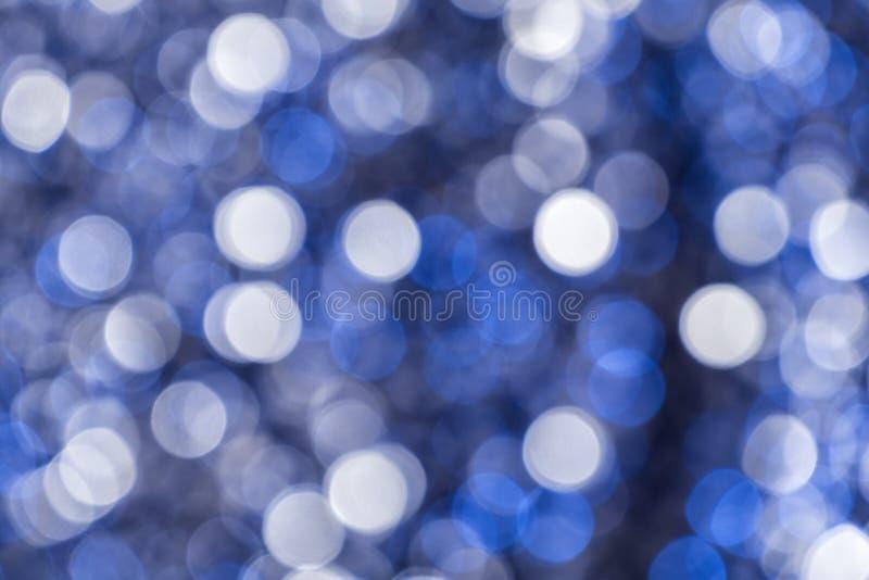 abstraia o fundo Círculos brancos e azuis no bokeh ilustração royalty free