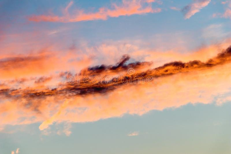 Abstrakcja na niebie o zachodzie słońca zdjęcie stock