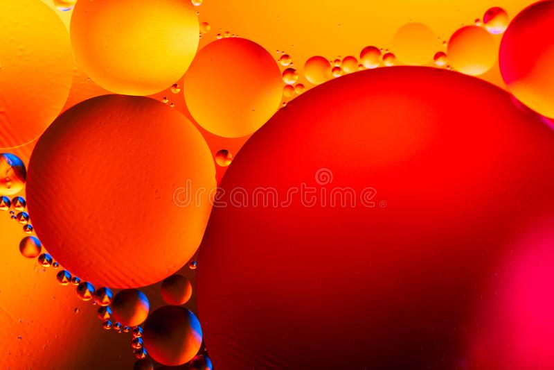 Abstrakcjonistyczna molekuły struktura niebieski tła pęcherzyków woda w wannie Makro- strzał powietrze lub molekuła abstrakcyjny  obrazy royalty free
