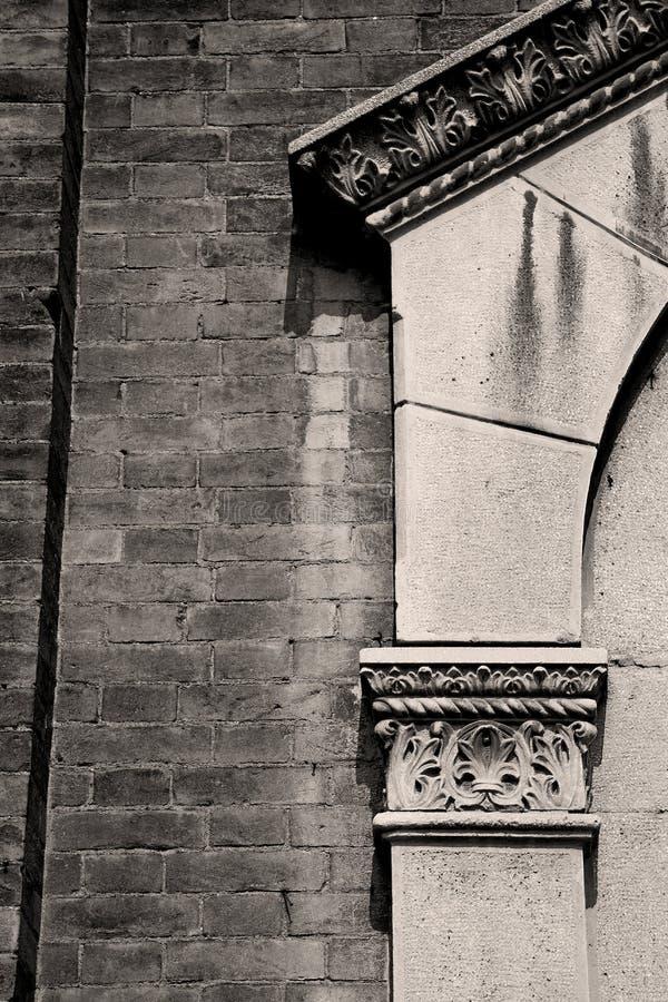 abstrakcjonistyczna stara kolumna w kraju Europe Italy i marmur obraz stock