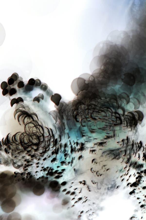Abstrakcjonistyczne podwodne gry z bąblami i światłem fotografia royalty free