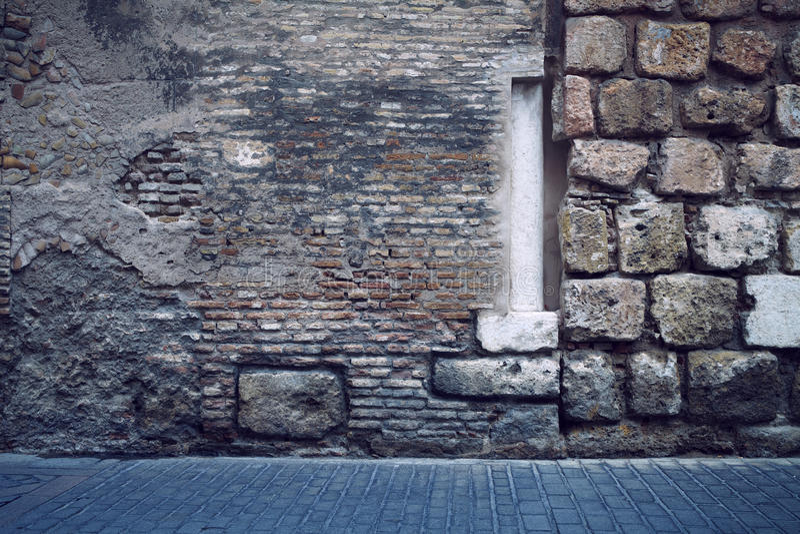 Abstrakcjonistyczni ściana z cegieł kolumny brukarze obrazy royalty free