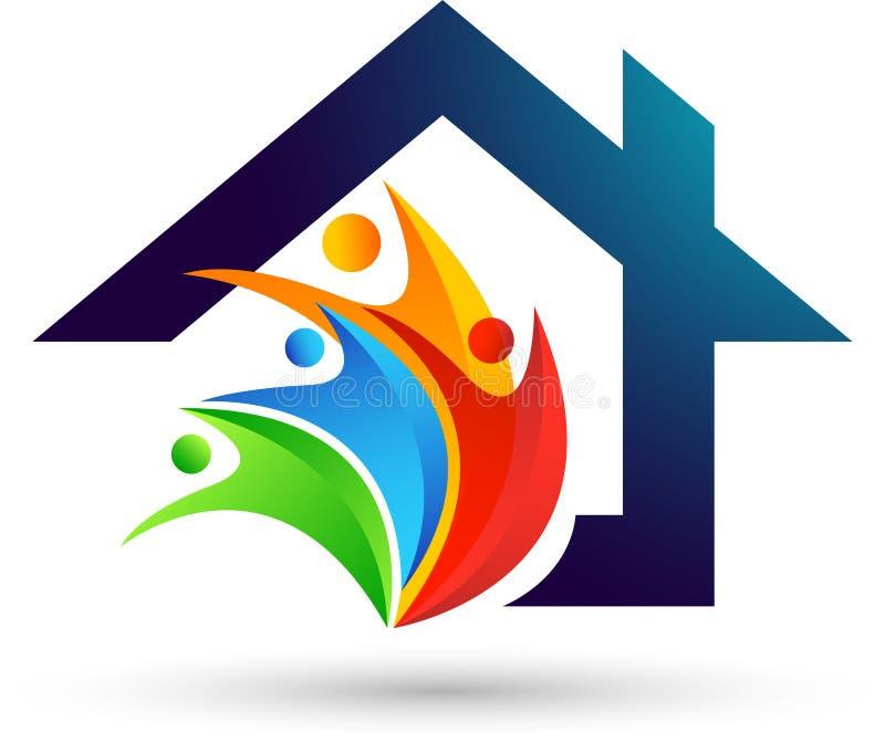 Abstrakcjonistyczni nieruchomości ludzie oprócz domu dachu miłości opieki domu Szczęśliwego rodzinnego logo elementu wektorowej i royalty ilustracja
