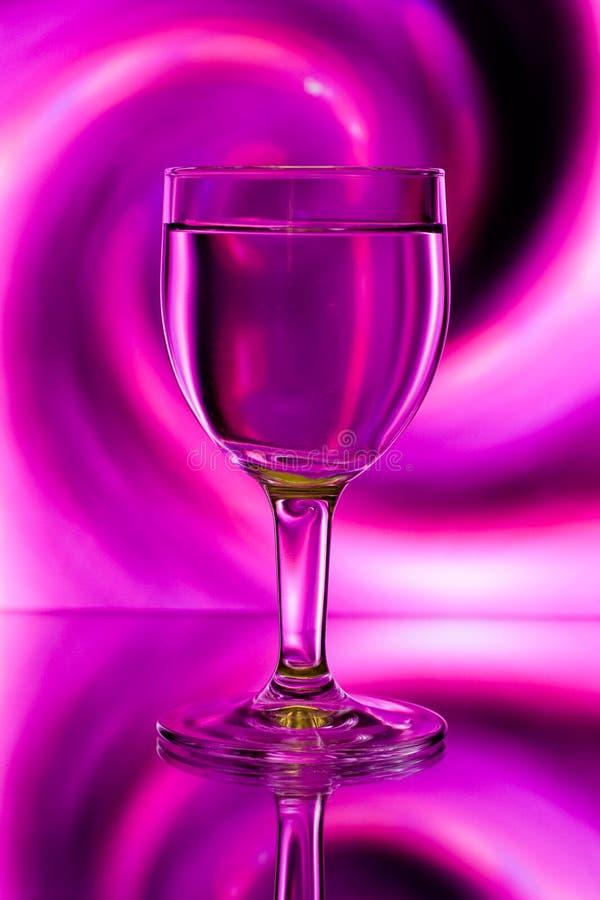 abstrakcjonistyczny backlight szkieł wino fotografia stock