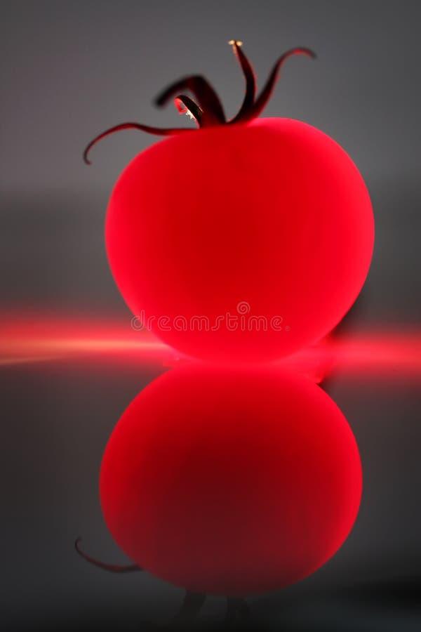 abstrakcjonistyczny czerwony pomidor obraz stock