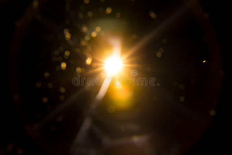 Abstrakcjonistyczny Naturalny słońce raca na czerni obraz royalty free