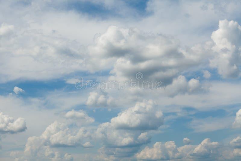 Abstrakcjonistyczny niebieskie niebo, atmosfery lotniczy t?o obraz royalty free