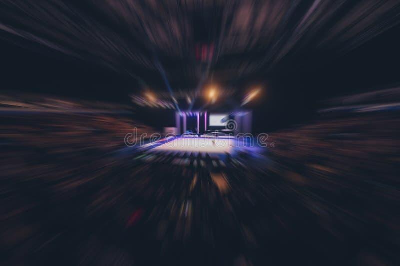 Abstrakcjonistyczny plamy tło tłum ludzie ogląda koncert lub fotografia royalty free