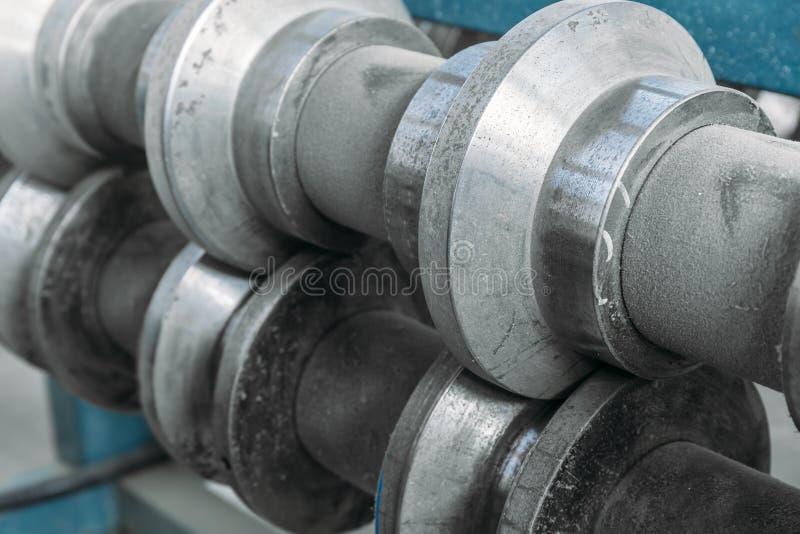 Abstrakcjonistyczny przemysłowy tło, wyposażenia narzędzie metal linii produkcja i produkcja kanapka panel, fotografia royalty free