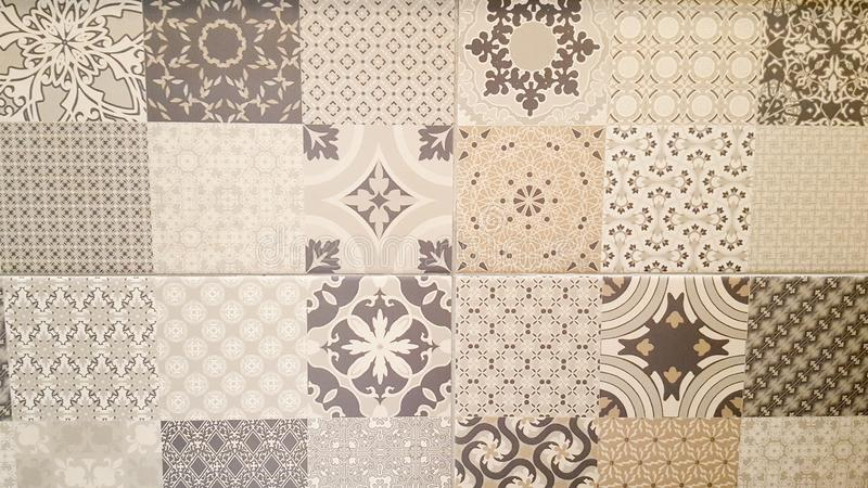 Abstrakcjonistyczny stary dachówkowy mozaika domu dekoracyjnej sztuki nafcianej farby ściany płytek wzór w orientalnym stylowym p zdjęcie royalty free