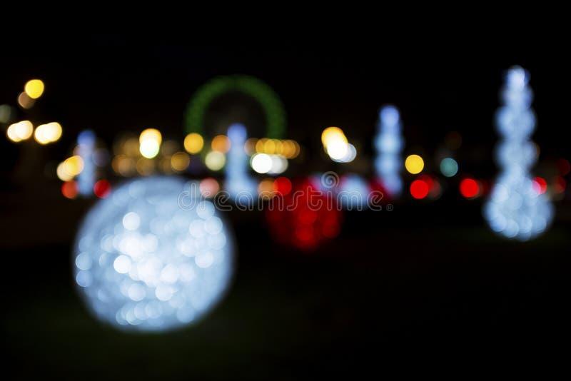 Abstrakcjonistyczny tło kolorowi bożonarodzeniowe światła przy nocą w Lisbon zdjęcia royalty free