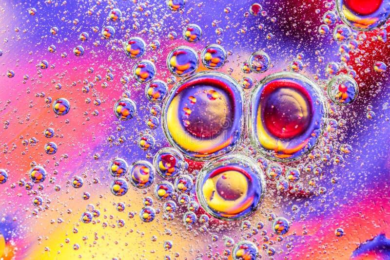 Abstrakcjonistyczny tło z kolorowymi gradientowymi kolorami Olej opuszcza w wodnym abstrakcjonistycznym psychodelicznym deseniowy zdjęcie stock