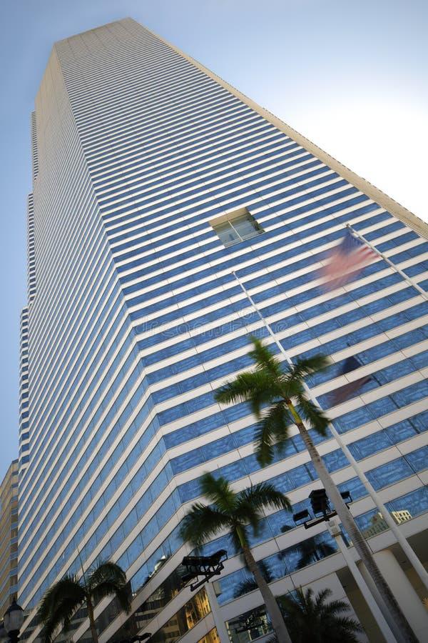 Abstrakcjonistyczny wizerunek biuro buidling z flaga amerykańską obrazy stock