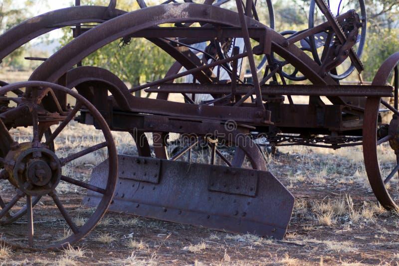 Abstrakcjonistyczny wp8lywy na rocznik rolnej maszynerii zdjęcia royalty free