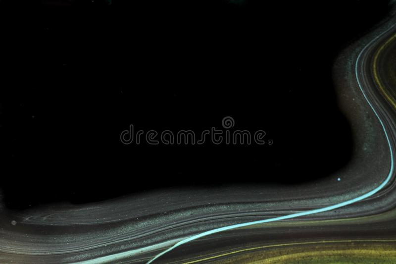 Abstrakt bakgrund i svart med flödande krickalinjer royaltyfria bilder