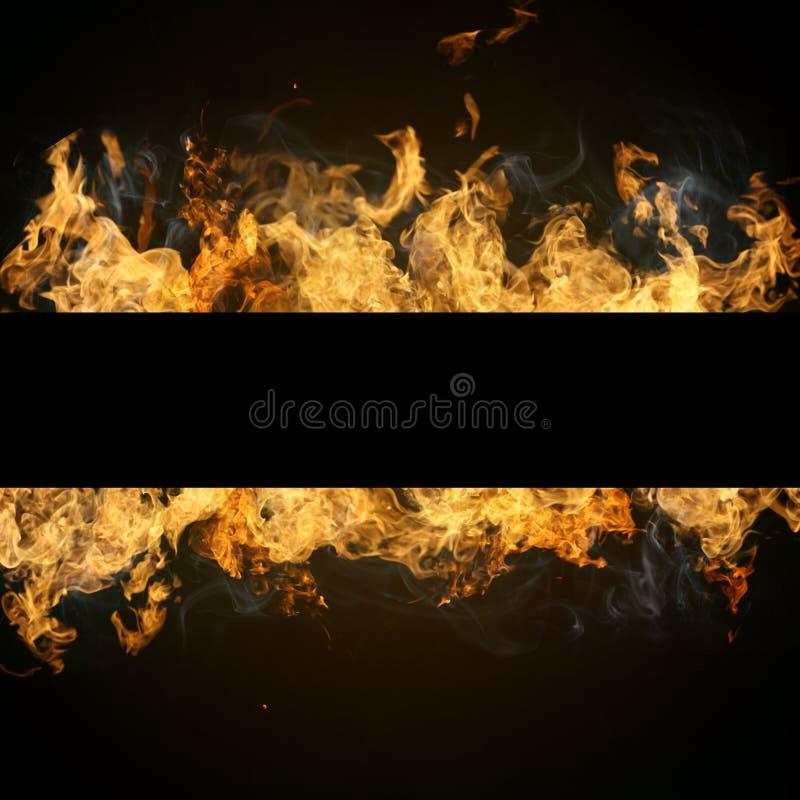 Avfyra flammar med copyspace arkivfoto