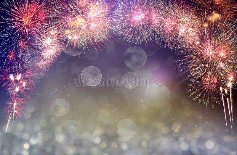 Abstrakt barwił fajerwerku tło z bezpłatną przestrzenią dla teksta Fajerwerku tło używać dla nowy rok świętowań lub znacząco fotografia stock