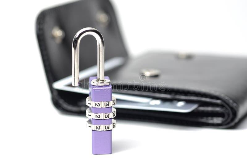 abstrakt begrepp låser den din plånboken upp arkivfoto