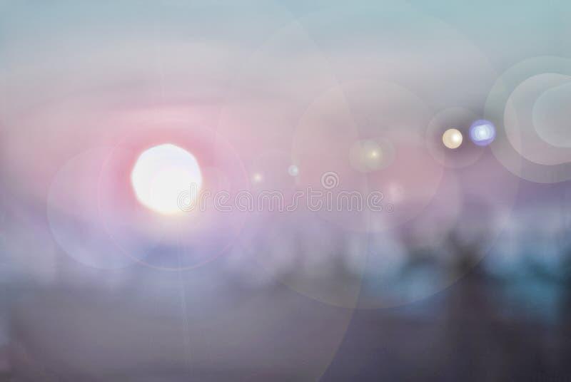 Abstrakt bild av soluppgången Suddighet som är suddig royaltyfri fotografi
