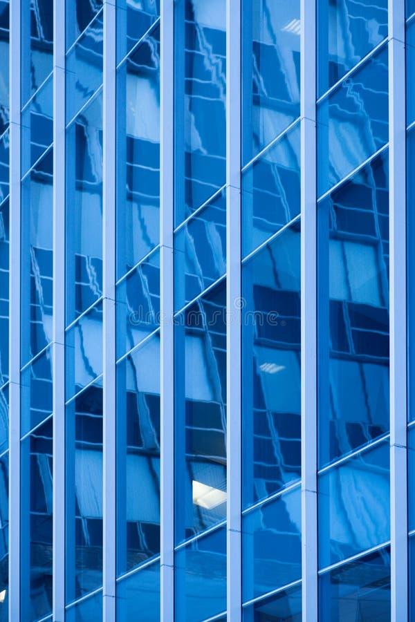 abstrakt blåa byggnadsdetaljer royaltyfri fotografi