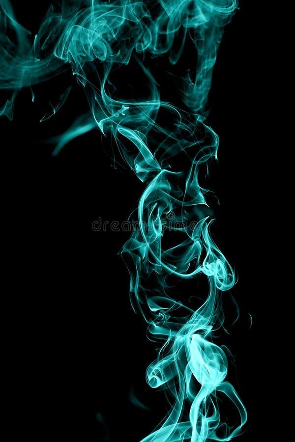 Abstrakt cyan rök på vit bakgrund royaltyfri fotografi